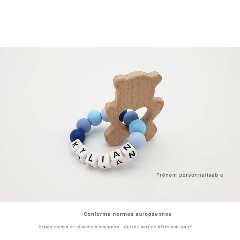 Anneau de dentition ourson en bois personnalisable au prénom de l'enfant.