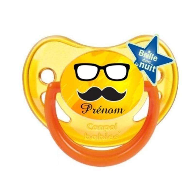 Tétine personnalisée lunettes et moustache avec le prénom de l'enfant