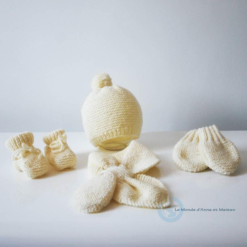 Kit naissance bébé blanc écru laine spéciale bébé 3bf97b6939a