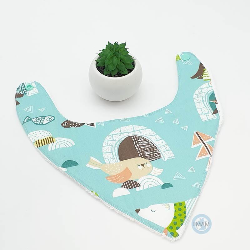 Bavoir bébé bandana parfait pour les repas, bavouilles ou quand bébé fait ses dents.