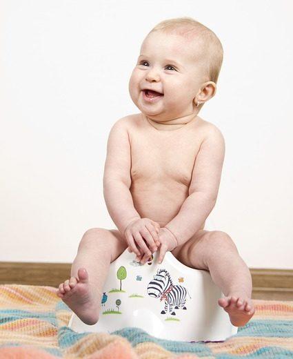 Enfant sur le pot - encoprésie